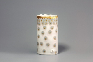 Stephanie Bertholon Vase blanc à points